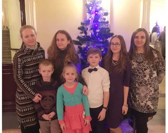 Спектакль «Щелкунчик» для детей из малообеспеченных семей