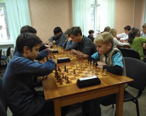 Рома Мельник победил в блиц-турнире